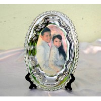 Plate With Stand (Metal Oval) - 6''